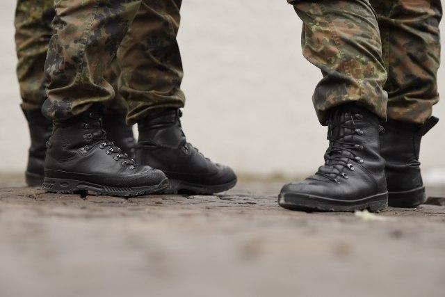 Mediji: Vojnik se ubio na straži u Pančevu